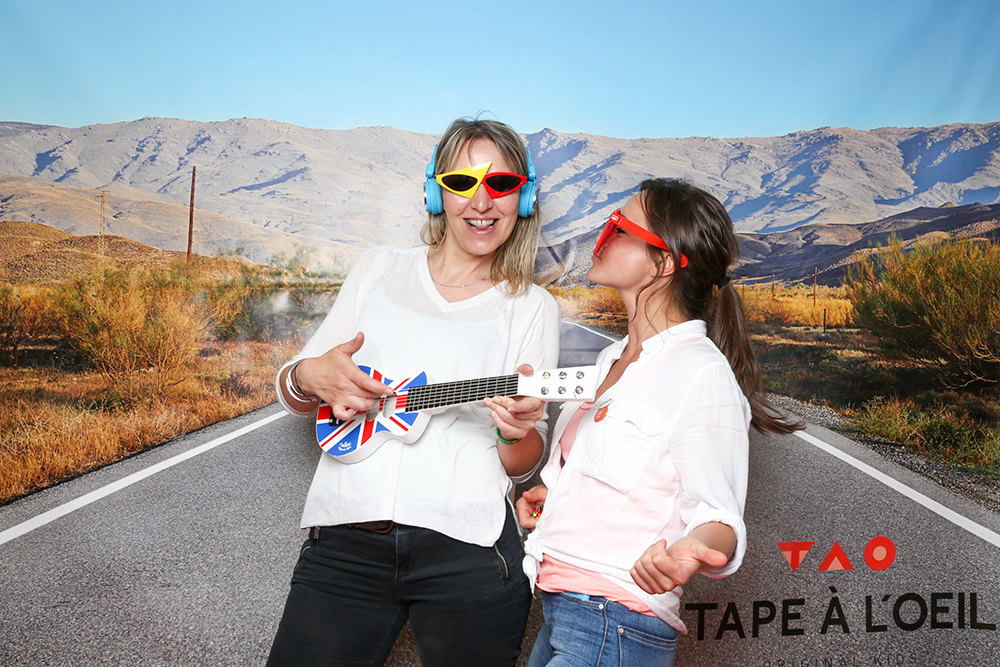 PHOTOCALL TAPE A L OEIL